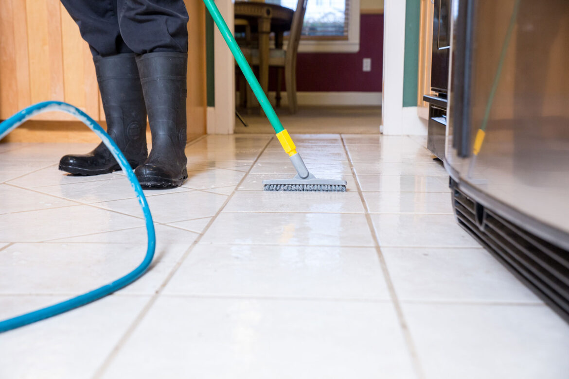 Professional Tile Cleaning and Grout Cleaning Tips